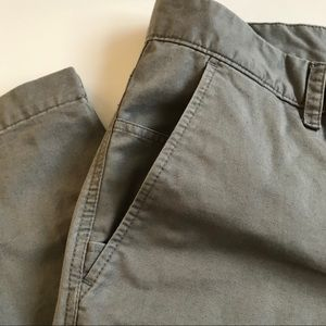 THE NORTH FACE Gray Casual khaki pants 38 x 31